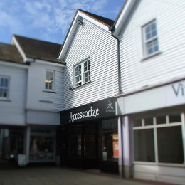 TOWN-CENTRE OFFICES TO LET