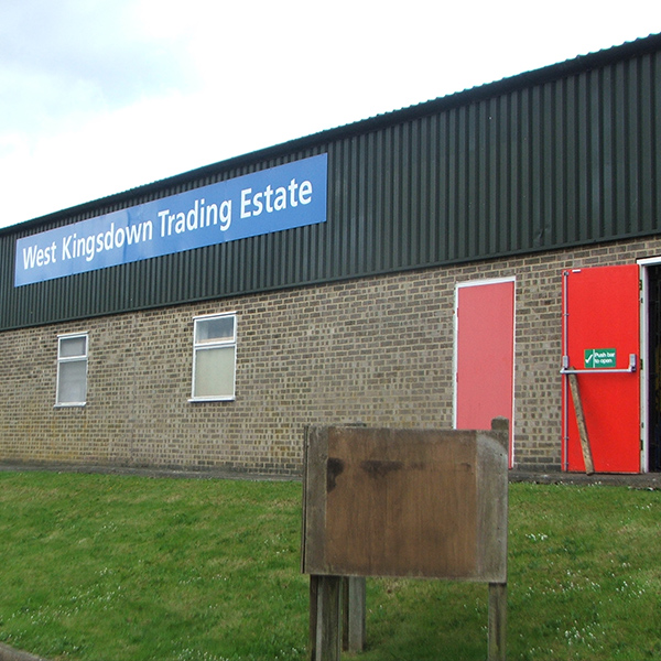 Light Industrial Unit In Swindon: LIGHT INDUSTRIAL UNIT TO LET