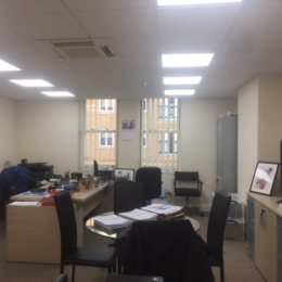 MODERN, SELF-CONTAINED TOWN CENTRE OFFICE TO LET