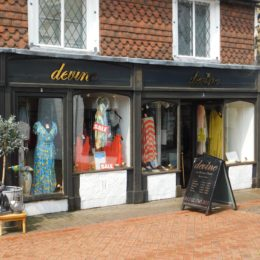 ATTRACTIVE DOUBLE-FRONTED TOWN-CENTRE RETAIL UNIT